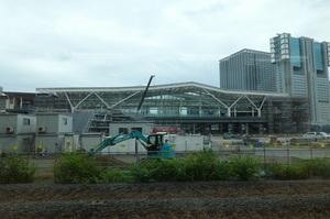 建設工事中の高輪ゲートウェイ駅