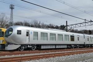 西武鉄道001系Laview